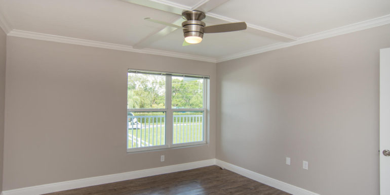 3300 Oak St NE Saint-large-008-9-Masonic Home Apartments-1500x1000-72dpi