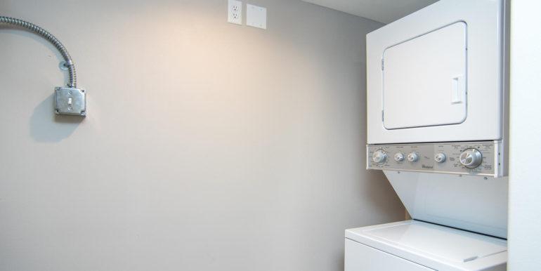 3300 Oak St NE Saint-large-011-26-Masonic Home Apartments-1500x1000-72dpi