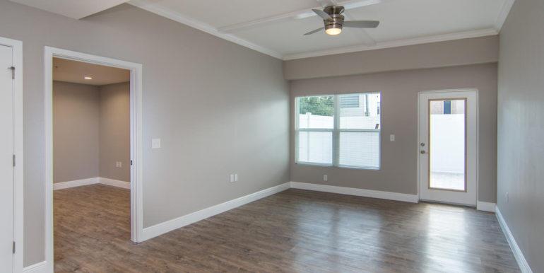 3300 Oak St NE Saint-large-017-25-Masonic Home Apartments-1500x946-72dpi