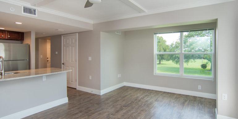 3300 Oak St NE Saint-large-004-10-Masonic Home Apartments-1500x963-72dpi