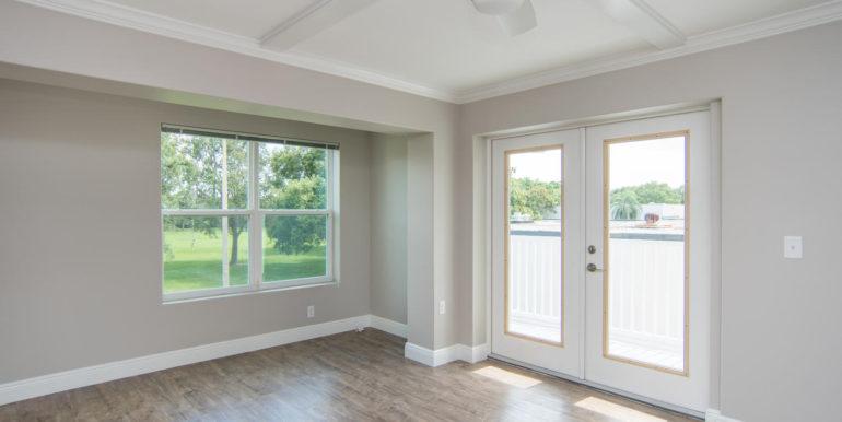 3300 Oak St NE Saint-large-005-18-Masonic Home Apartments-1500x1000-72dpi