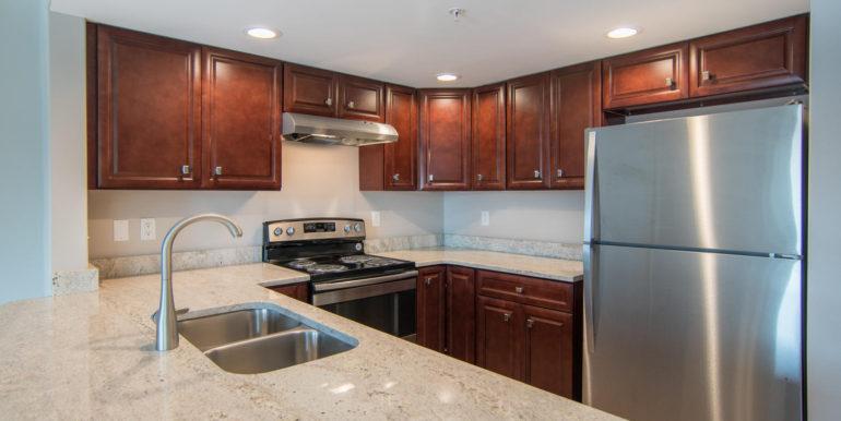 3300 Oak St NE Saint-large-006-19-Masonic Home Apartments-1500x951-72dpi